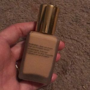 Estee Lauder Makeup - Estée Lauder double wear foundation